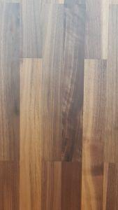 Nussbaum europäisch matt lackiert Schiffsboden